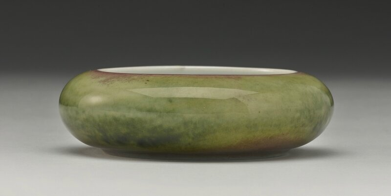 A peachbloom-glazed brush washer (Tangluoxi), Kangxi mark and period