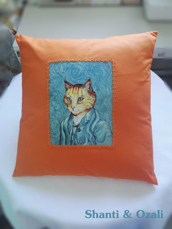 coussin chat van gogh orange