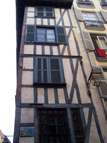 Bayonne-maison à pans de bois1