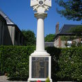 Petiville : le monument aux morts