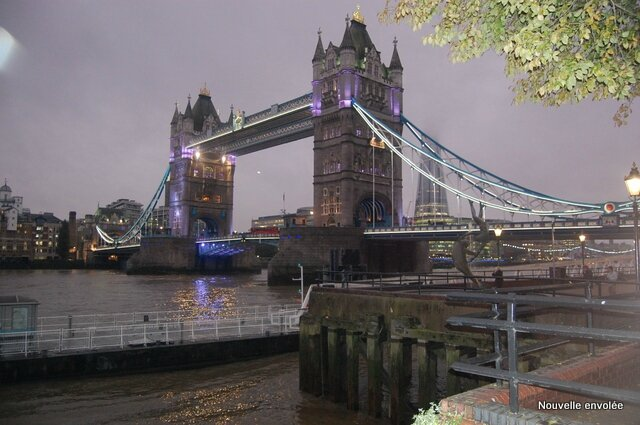 Le Tower bridge