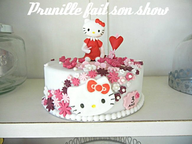 gateau hello kitty pâte a sucre prunillefee 5