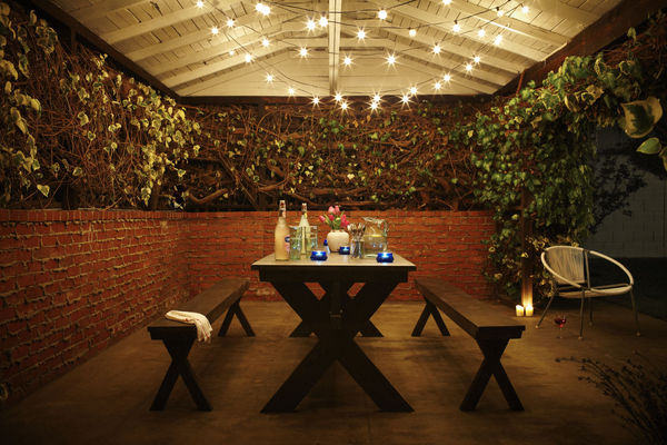 PageImage_509188_3392570_outdoor_dining_1_