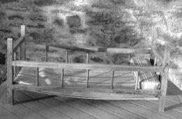 lit a barreaux en bois style Dejou