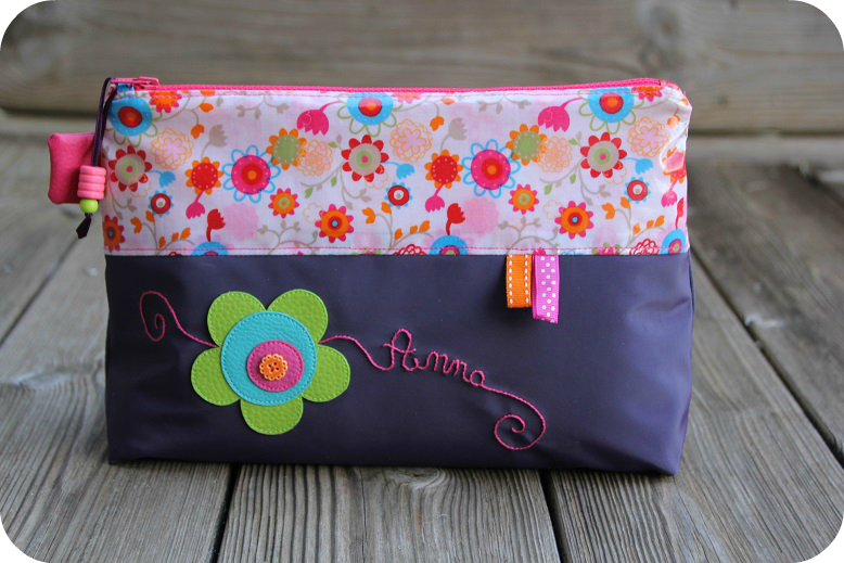 trousse toilette Anna recto