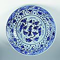 Plate with grape and vine decoration, xuande reign, ming dynasty