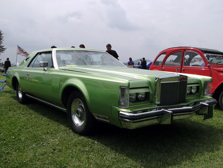 LINCOLN Continental Mark V Hardtop Coupe 1977 1979 Retro meus Auto Lac de Madine 2010 1