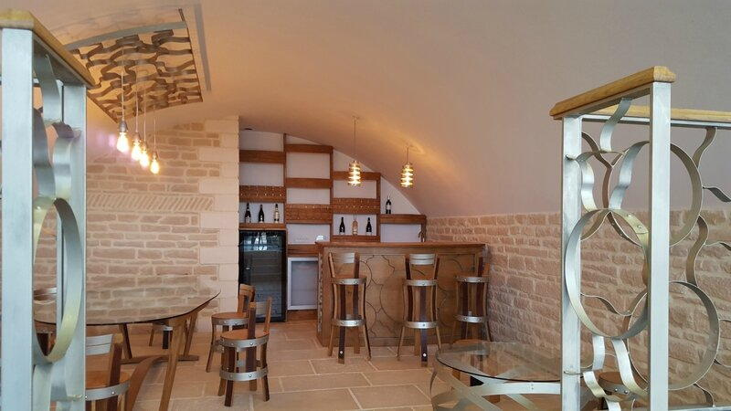 winebar, meuble design, agencement, pièce unique, cave à vins, meuble tonneau, meuble barrique bordeaux, burgundy furniture, designer maker, bordeaux furniture, meuble à bordeaux, agencement cave à