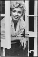 by_elliott_erwitt-MARILYN-MONROE-NEW-YORK-1956-2-BHC0340