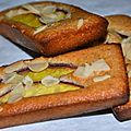 Financiers aux nectarines