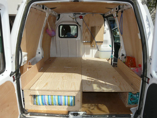 Town And Country Camper >> Couchette - Album photos - FOURGON AMENAGE PEUGEOT EXPERT