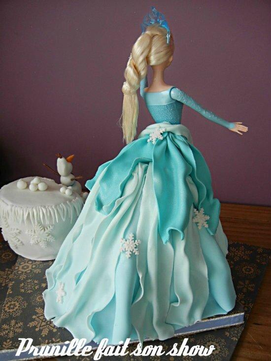 Elsa Reine des Neiges et Olaf - {gateau poupée }