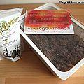 Buche au chocolat, praliné glaçage mascarpone marron