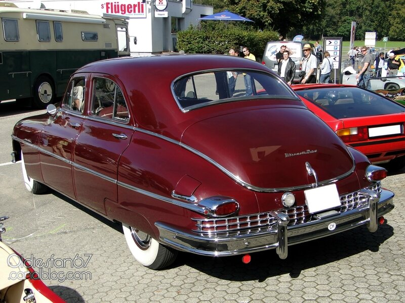 packard-super-8-deluxe-sedan-1949-02