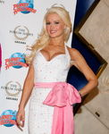 mmlook_holly_madison_20fevrier2011_planethollywood_lasvegas_6