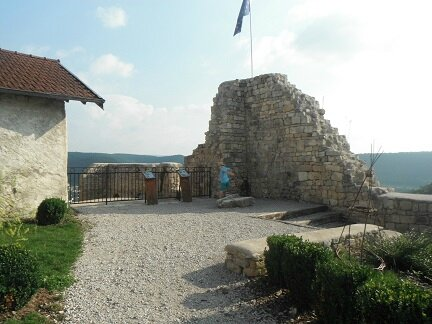 chateau ornans 6
