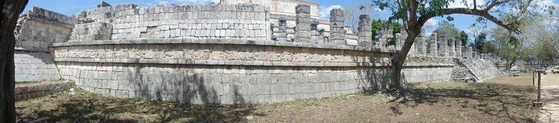 P4095288 - El palacio de las Columnas Esculpidas (5)