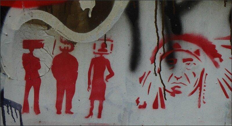 Paris graff 100316 49 tele indien