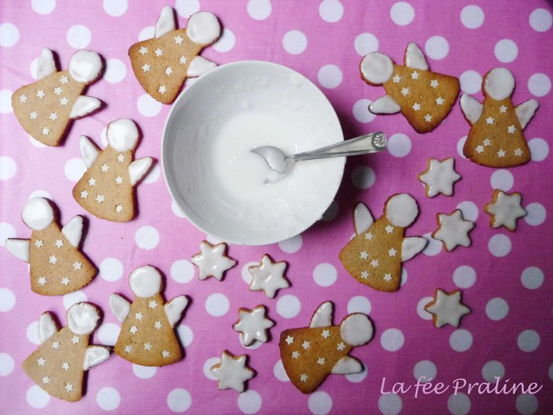 anges_glace_sur_la_table_LES_ANGES_DE_NOEL_La_f_e_Praline