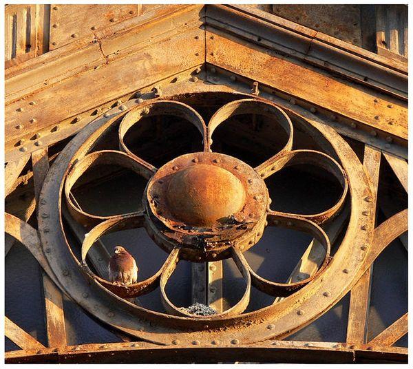 672px-Industrial_IronworkFerronnerieLille2