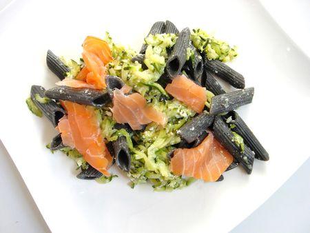 p_tes_noires_courgettes_saumon__1_