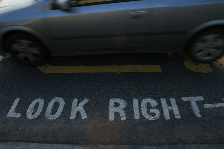 Look_right__