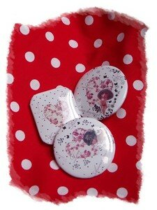 badge_pois_rouge_vintage