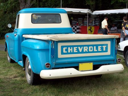 CHEVROLET_3200_Pickup_Stepside___1957__2_