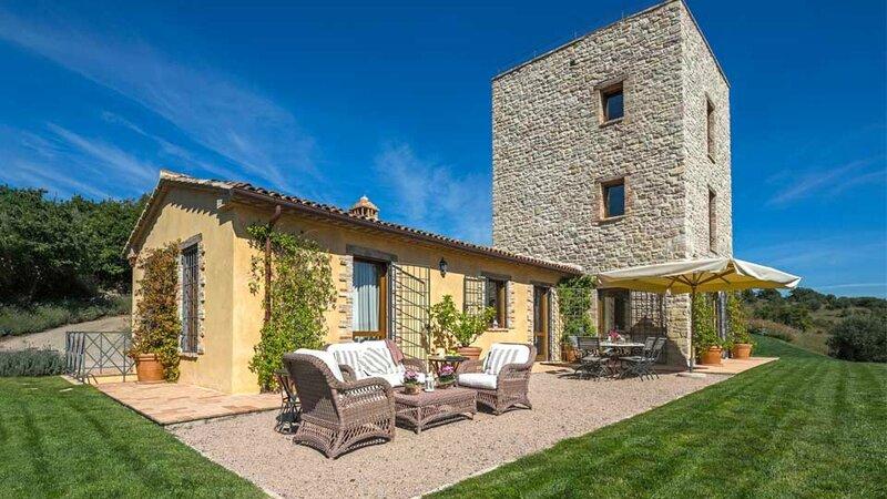 ombrie-villa-torre-17491919245614d30a1df745