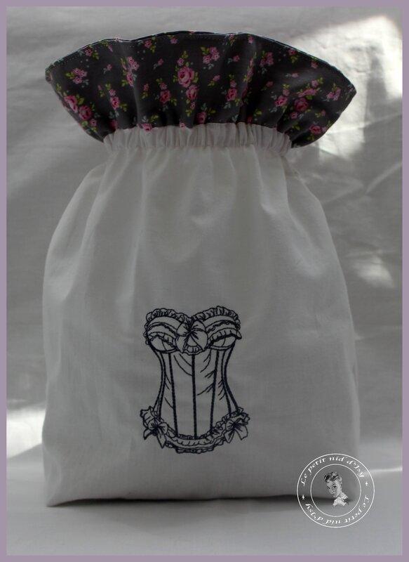 pochon corset gris