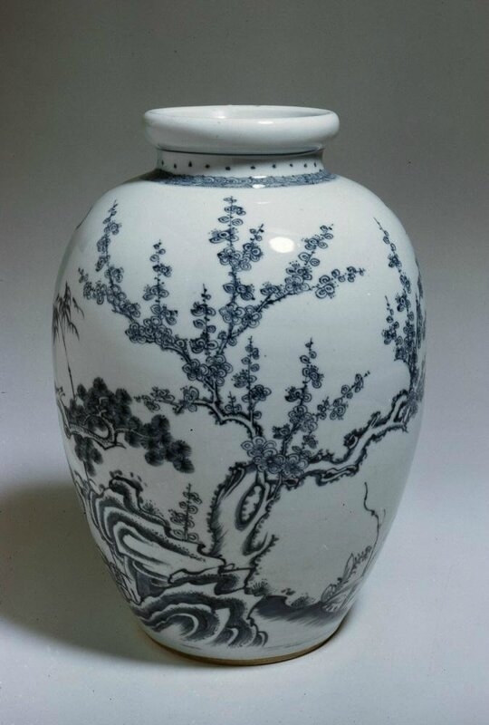 Jar with 'three friends' flowers, China, Jingdezhen, Jiangxi province, Qing dynasty (1644-1911), Reign of the Kangxi emperor (1662-1722)