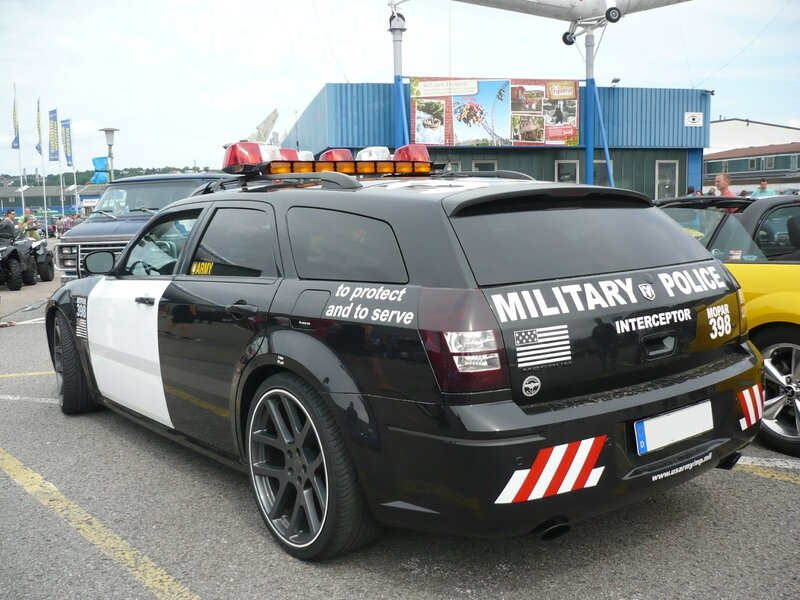 DODGE Magnum look Military Police Sinsheim (2)