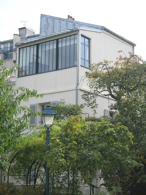 Atelier_de_Suzanne_Valadon_vu_depuis_les_jardins_Renoir