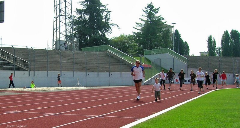 2008-Enzo_Papy-Annecy court-1