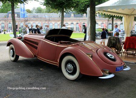 Horch 855 spezialroadster de 1939 (7 ex entre 1935 et 1939)(9ème Classic Gala de Schwetzingen 2011) 02