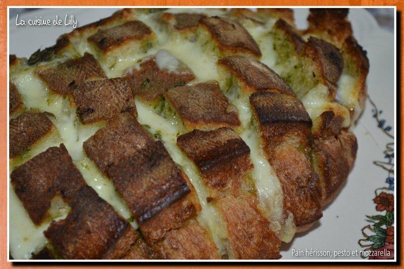 pain hérisson, pesto et mozzarella