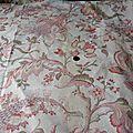 2083 panneau de tissu ancien motif d'indiennes fond ecru 75 x 135