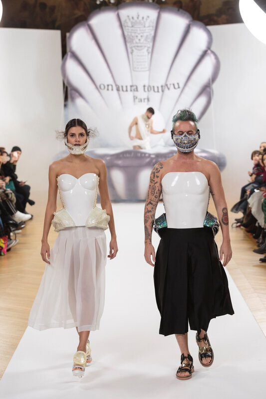 on_aura_tout_vu_runway_couture_spring_summer_2017_Haute_Couture_Week-509