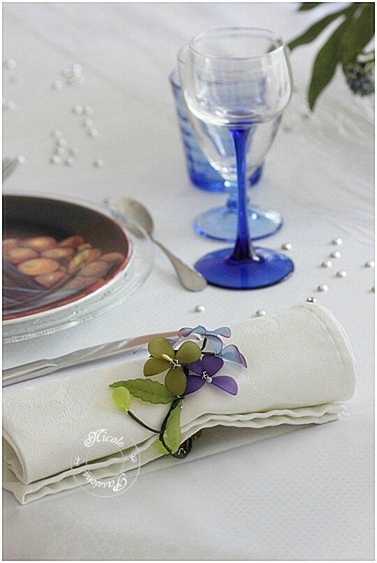 """Table"""" bleue comme les cieux"""""""