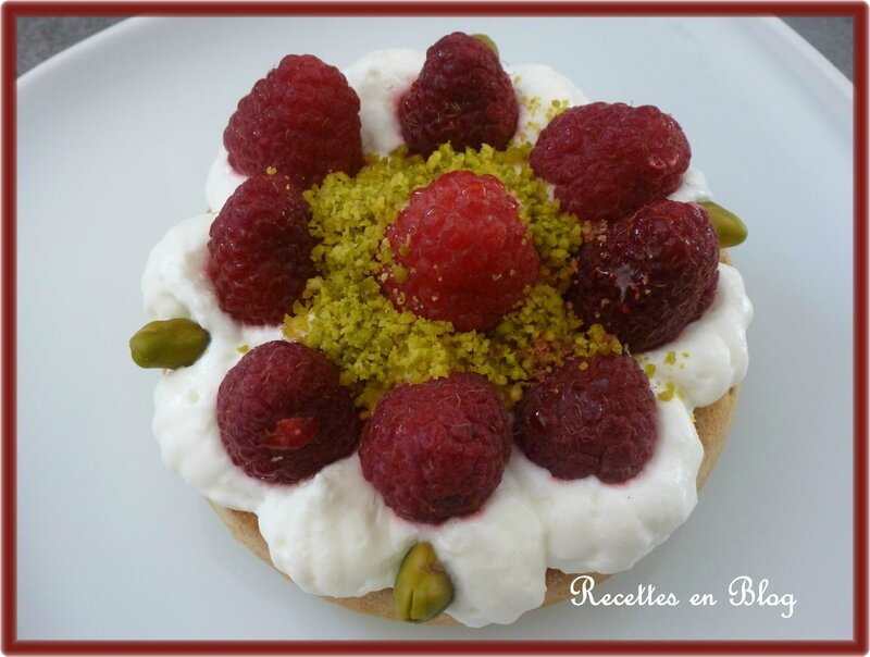 financiers pistaches framboises chantilly1