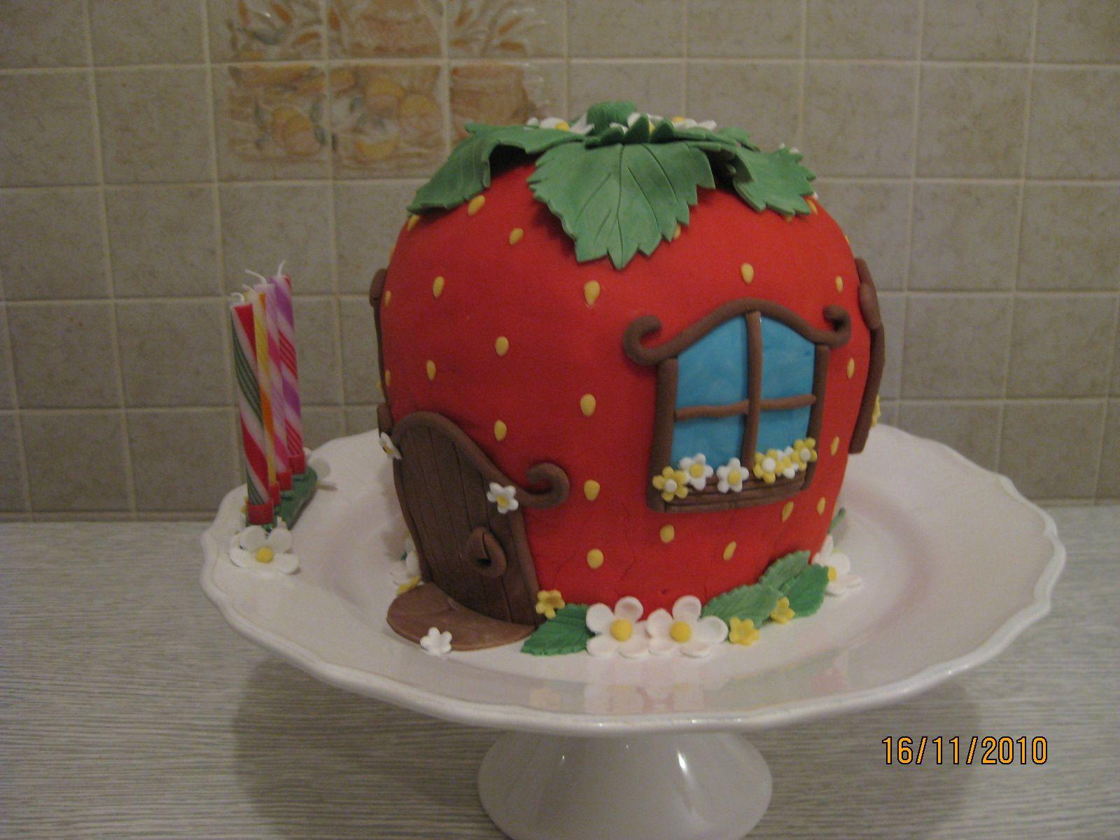 G teau maison de charlotte aux fraises photo de g teaux for Maison de charlotte aux fraises