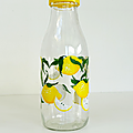 Vintage ... bouteille en verre le parfait * les citrons