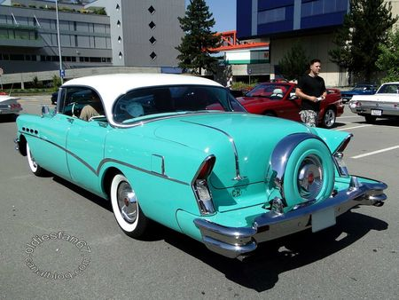 buick roadmaster riviera hardtop sedan continental kit 1956 us car meeting dierikon 2012 4