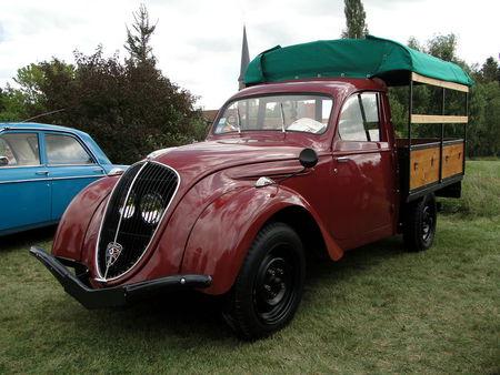 PEUGEOT 202 UH Camionnette 1949 Festival des Voitures Anciennes de Hambach 2009