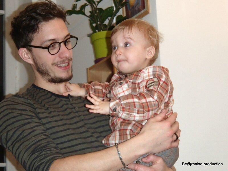 Léon avec papa