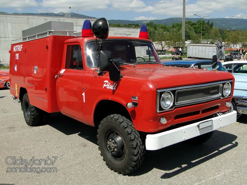 international-1310-8-awd-firetruck-1971-01