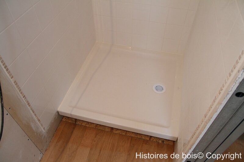 Cr ation d 39 une chambre parentale pisode 10 installation for Liaison carrelage parquet