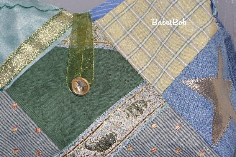sac en tissu 22 carrés (11).JPG