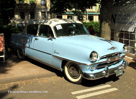 Plymouth_belvedere_de_1954__34_me_Internationales_Oldtimer_meeting_de_Baden_Baden__01