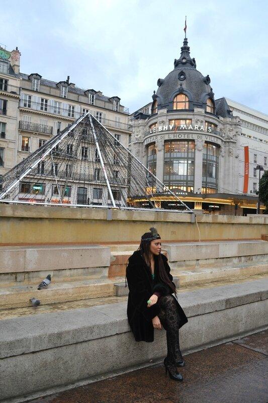 Hotel de Ville Sara.Ki